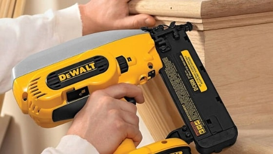 How-to-Use-a-Brad-Nailer